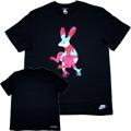 """ナイキ""""ザランニングマン""""NIKE+Parra""""Tシャツ(黒)"""