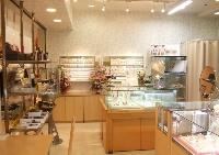 ジュエリー&レザー アヴェール西宮店のメイン画像